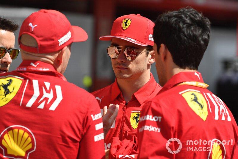 Charles Leclerc, Ferrari speaks with Jock Clear, Ferrari in the pit lane