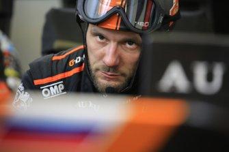 Un membre de l'équipe G-Drive Racing