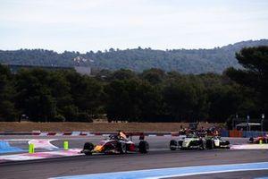 Juri Vips, Hitech Grand Prix and Logan Sargeant, Carlin Buzz Racing