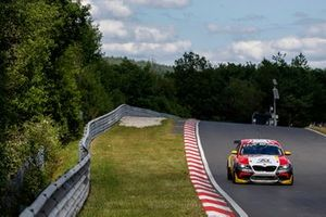 #40 Schubert Motorsport BMW M2 Competition: Christopher Dreyspring, Ricardo van der Ende, Christopher Brück