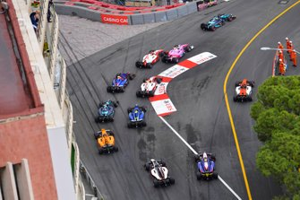 Sergio Sette Camara, Dams, leads Anthoine Hubert, Arden and Mick Schumacher, Prema Racing at the start
