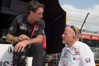 Bryan Herta parle avec Rob Edwards, Andretti Herta with Marco & Curb-Agajanian Honda