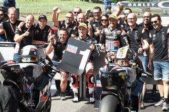 Ganador de la pole Marcel Schrotter, Intact GP, Thomas Luthi, Intact GP