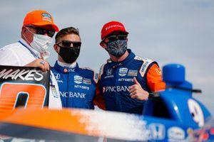 Scott Dixon, Chip Ganassi Racing Honda celebrates winning the Bommarito Automotive Group 500 Race 1, Chip Ganassi