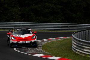 #976 Porsche 718 Cayman GT4 CS: Jens Mötefindt, Fabio Grosse, Thorsten Wolter, Patrick Hinte