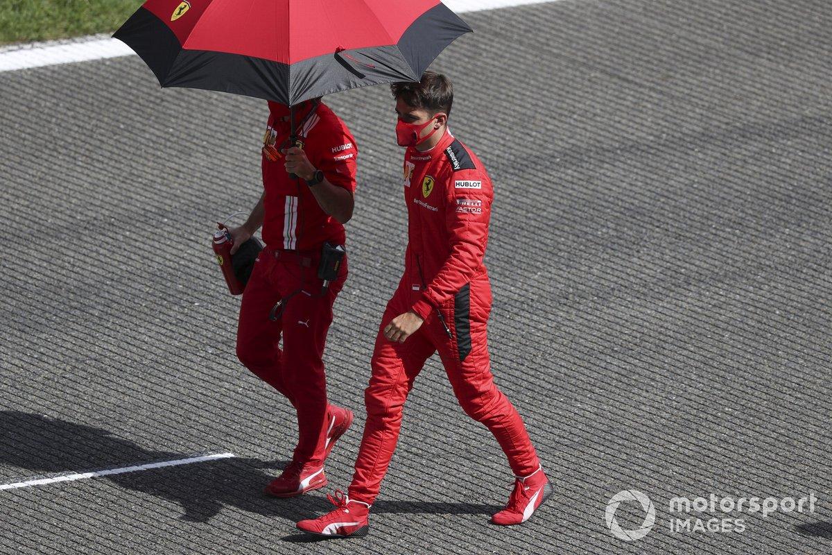 Charles Leclerc, Ferrari, sulla griglia di partenza