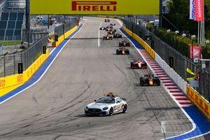 Safety Car leads Yuki Tsunoda, Carlin and Mick Schumacher, Prema Racing