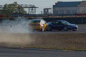 Столкновение Андрея Петухова,, Lada Sport Rosneft, Lada Vesta, и Дмитрия Лебедева, Sofit Racing Team, Subaru BRZ