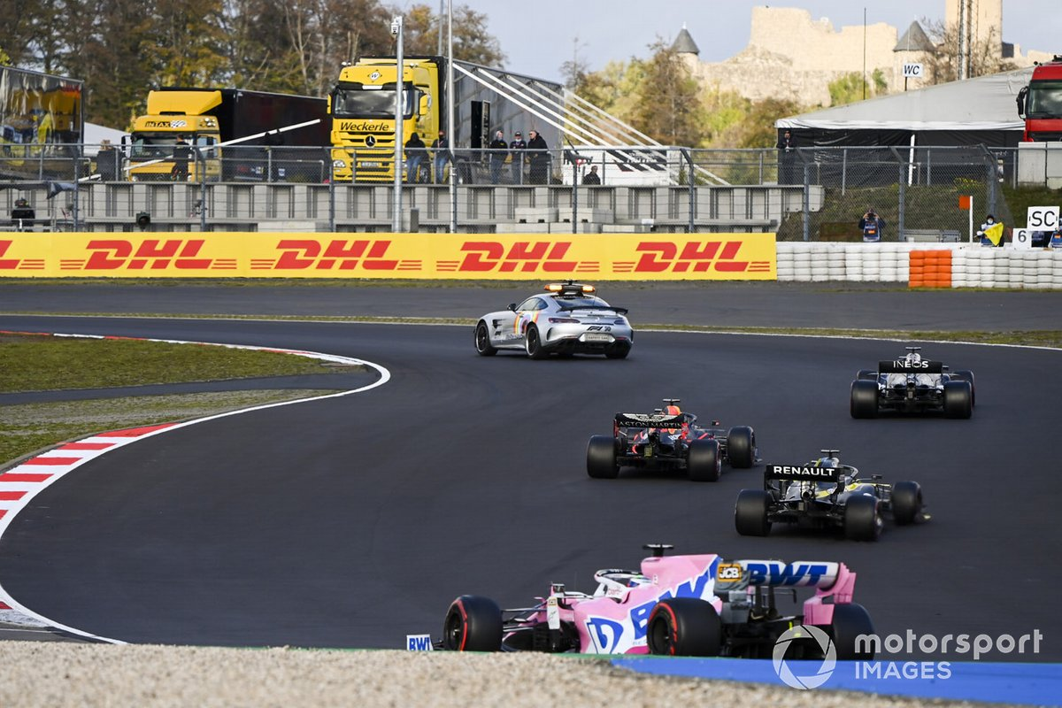 Safety Car Lewis Hamilton, Mercedes F1 W11, Max Verstappen, Red Bull Racing RB16 Daniel Ricciardo, Renault F1 Team R.S.20 and sp