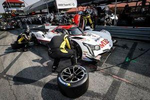 #85 JDC-Miller Motorsports Cadillac DPi, DPi: Tristan Vautier, Gabriel Aubry, pit stop