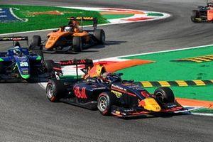 Dennis Hauger, Hitech Grand Prix and Cameron Das, Carlin