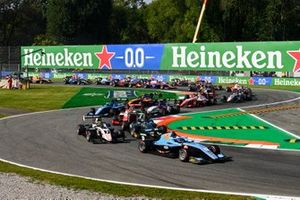 Matteo Nannini, Jenzer Motorsport, Theo Pourchaire, ART Grand Prix and Jake Hughes, HWA Racelab
