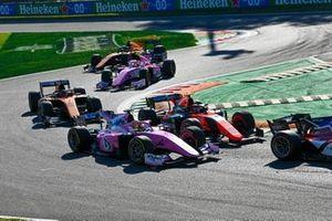 Artem Markelov, BWT HWA Racelab et Felipe Drugovich, MP Motorsport