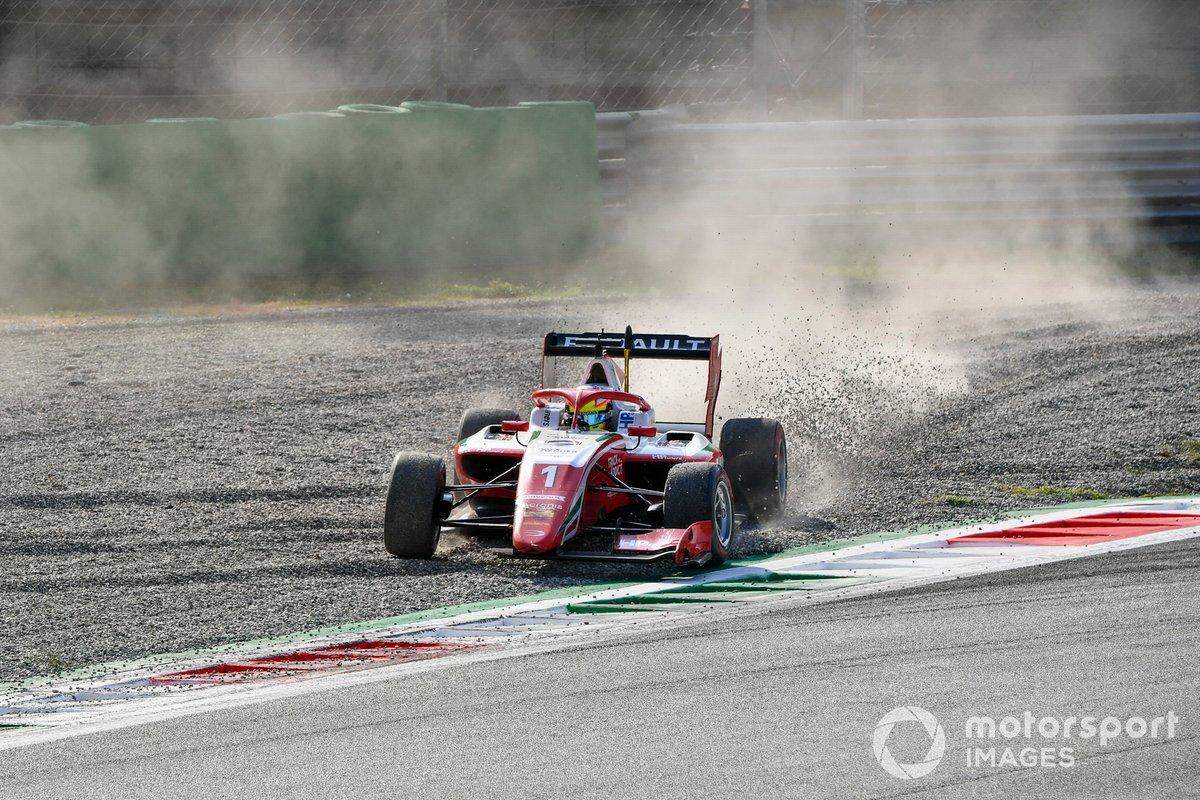 Oscar Piastri, Prema Racing tras el accidente