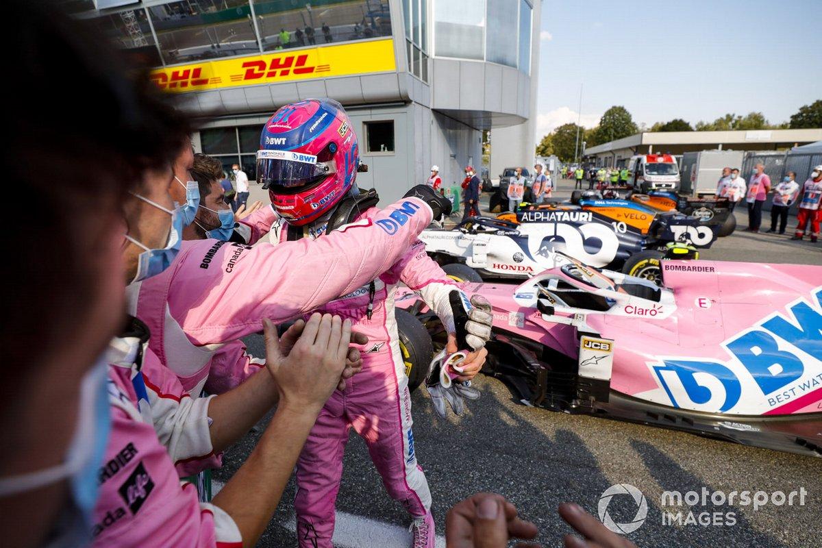 Lance Stroll, Racing Point, terzo classificato. festeggia al Parc Ferme