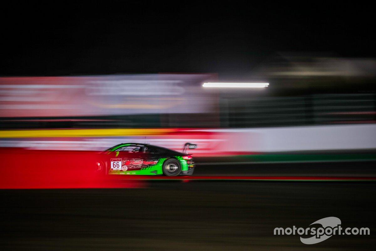#66 Audi Sport Team Attempto Racing Audi R8 LMS GT3: Mattia Drudi, Patric Niederhauser, Frederic Vervisch