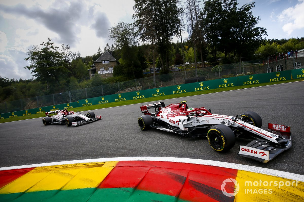 Antonio Giovinazzi, Alfa Romeo Racing C39, Kimi Raikkonen, Alfa Romeo Racing C39