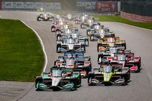Start zu Rennen 2 beim Honda Indy 200 in Mid-Ohio: Colton Herta, Andretti Harding Steinbrenner Autosport Honda, führt