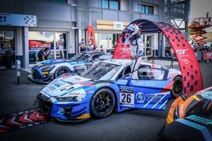 1. #26 Sainteloc Racing Audi R8 LMS GT3: Steven Palette, Simon Gachet