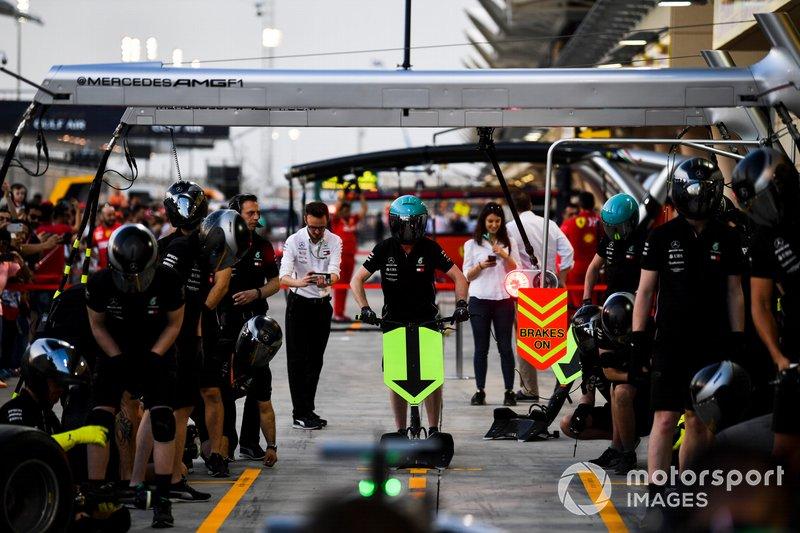 Mercedes AMG F1 Team pit stop practice
