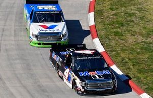 Todd Gilliland, Kyle Busch Motorsports, Toyota Tundra Mobil 1 and David Gilliland, DGR-Crosley, Toyota Tundra Fred's