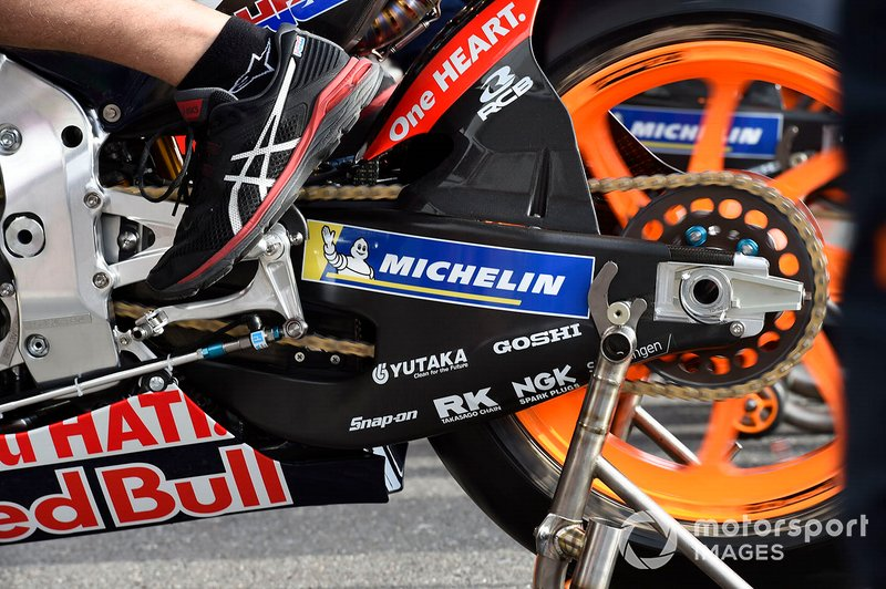 Repsol Honda Team, dettaglio della catena