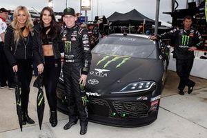 Riley Herbst, Joe Gibbs Racing, Toyota Supra Monster Energy ve Monster kızları