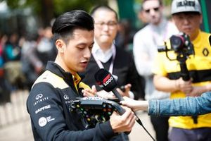 Guanyu Zhou, Renault F1 Team