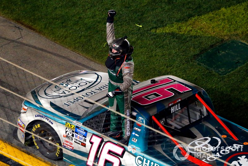 Austin Hill, Hattori Racing Enterprises, Toyota Tundra CHIBA Toyopet celebrates his win