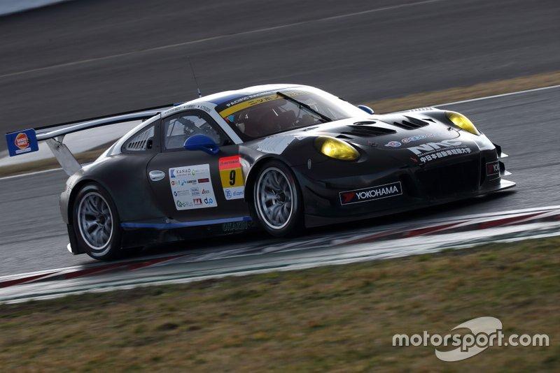 #9 PACIFIC Porsche 911 GT3 R: Naoki Yokomizo, Kyosuke Mineo