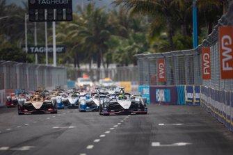 Start zum ePrix Sanya der Formel E 2018/19: Oliver Rowland, Nissan e.Dams, Nissan IMO1, führt