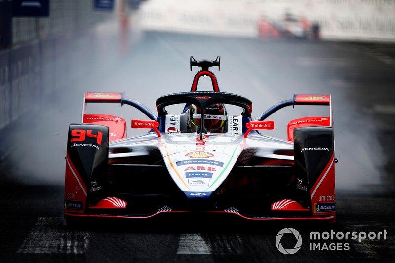 Pascal Wehrlein, Mahindra Racing, M5 Electro, blocca una ruota