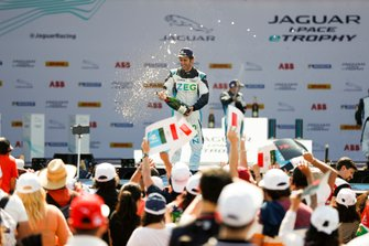 Sérgio Jimenez, Jaguar Brazil Racing celebrates on the podium