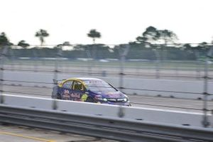 #17 MP3B Honda Civic driven by Edgar Rodriguez of High Temp Racing