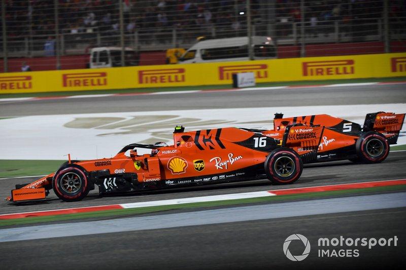 Sebastian Vettel, Ferrari SF90, affianca Charles Leclerc, Ferrari SF90