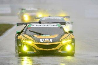 #57 Heinricher Racing w/Meyer Shank Racing Acura NSX GT3, GTD: Katherine Legge, Ana Beatriz, Christina Nielsen