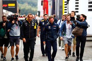 Cyril Abiteboul, Managing Director, Renault Sport F1 Team, with Christian Horner, Team Principal, Red Bull Racing