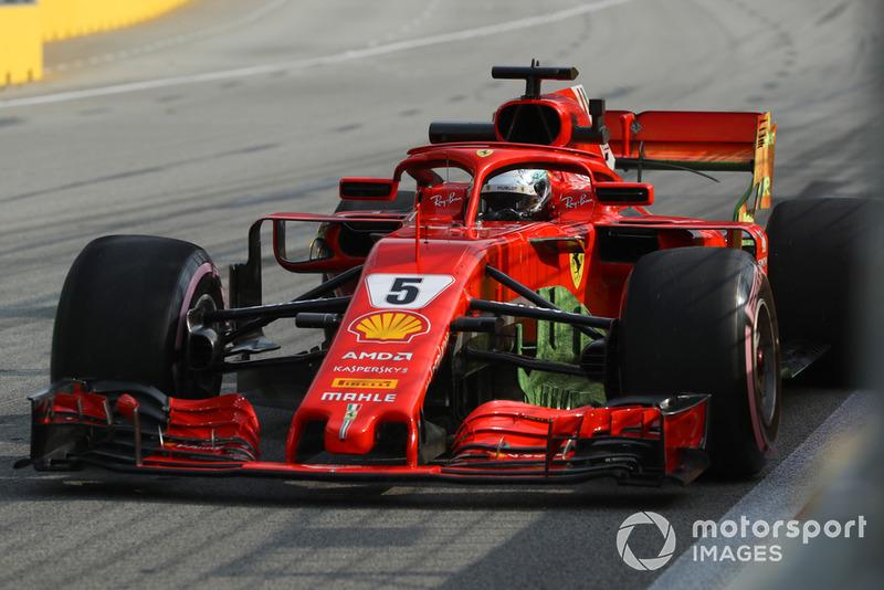 Sebastian Vettel, Ferrari SF71H, aeofestékkel megkenve