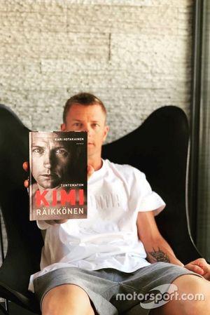 Kimi Raikkonen con la sua biografia