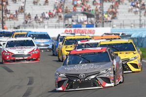 Erik Jones, Joe Gibbs Racing, Toyota Camry buyatoyota.com, Daniel Suarez, Joe Gibbs Racing, Toyota Camry STANLEY