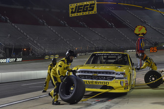 Cody Coughlin, GMS Racing, Chevrolet Silverado JEGS.com, makes a pit stop.