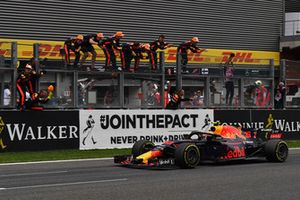 Max Verstappen, Red Bull Racing RB14 crosses the line