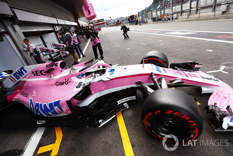 4. Sergio Perez, Racing Point Force India VJM11, exits his pit garage