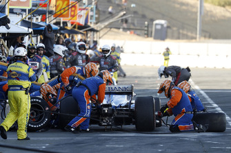 Scott Dixon, Chip Ganassi Racing Honda pitstop
