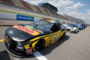 Clint Bowyer, Stewart-Haas Racing, Ford Mustang DEKALB