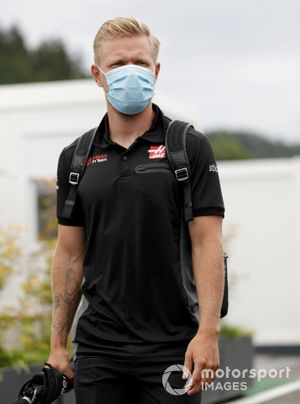 Kevin Magnussen, Haas F1 arrives at the track
