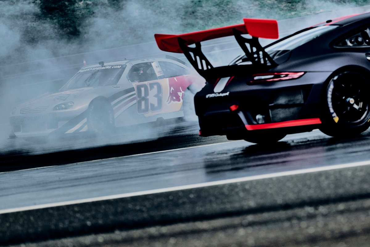 Nascar y Porsche GT2 RS