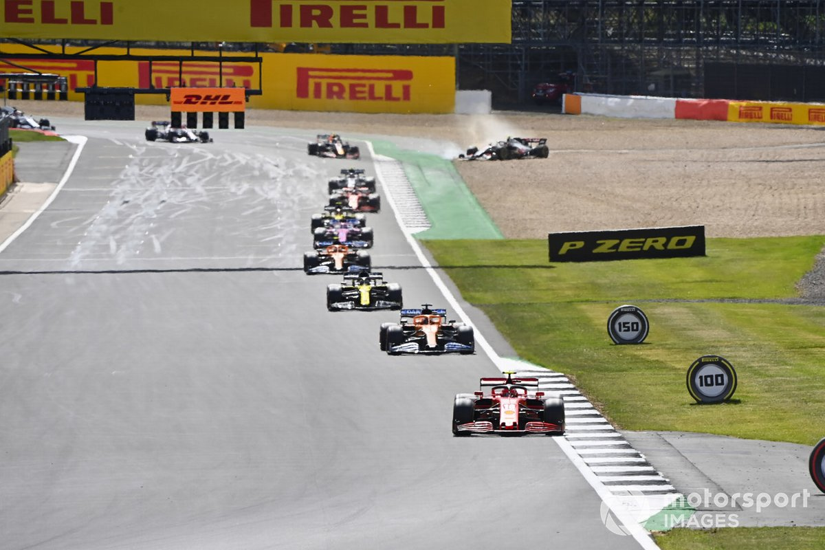 Charles Leclerc, Ferrari SF1000, Carlos Sainz Jr., McLaren MCL35 e Daniel Ricciardo, Renault F1 Team R.S.20 with Kevin Magnussen, Haas VF-20 off in the gravel in the distance