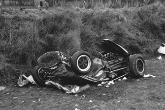 Remains of the Lotus 18 Climax driven by Stirling Moss at St Marys corner