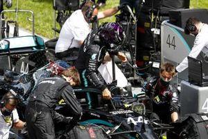 Lewis Hamilton, Mercedes F1 W11 EQ Performance, arrives on the grid